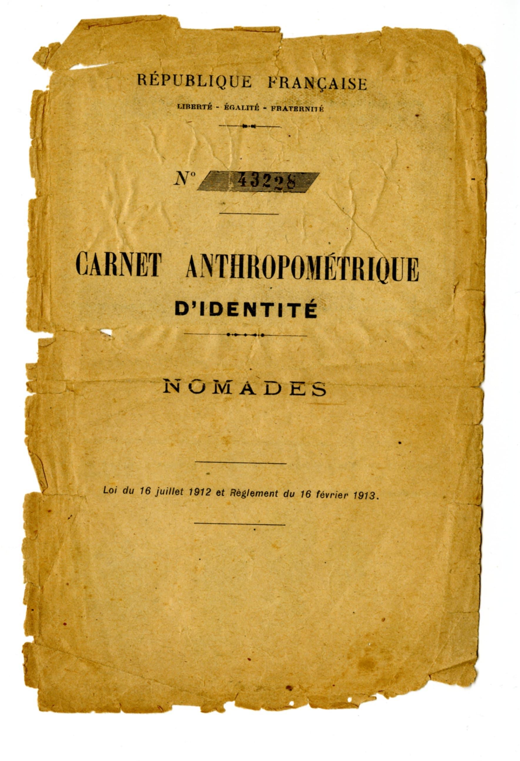 Carnet anthropométrique d'identité - Nomades